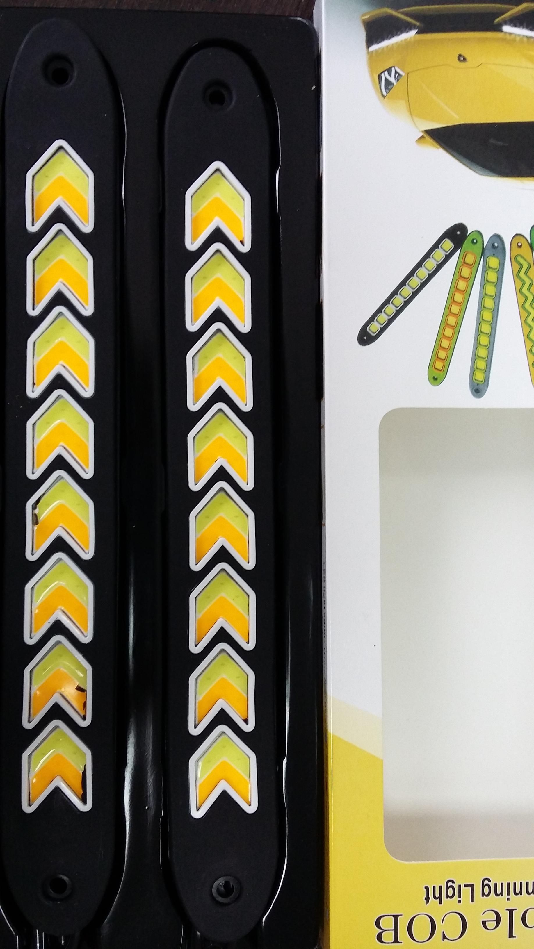 Дневные ходовые огни  LED Гибкие  с поворотом (стрелки)
