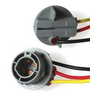 904366 (150) Патрон под лампу P21/5W с проводами, пластик TM Nord YADA