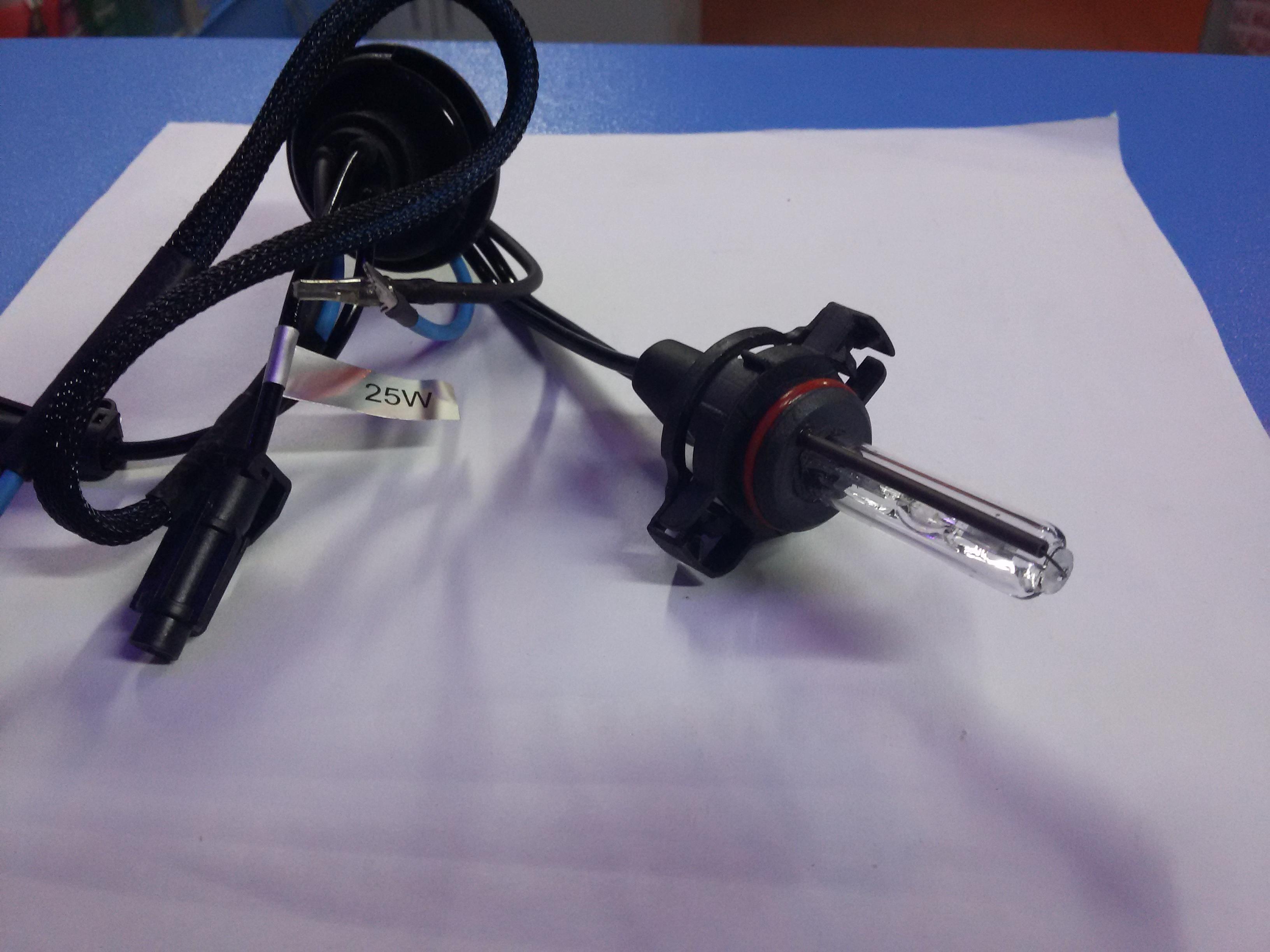 Лампа ксеноновая PSX24W 4300K 24W с проводом питания